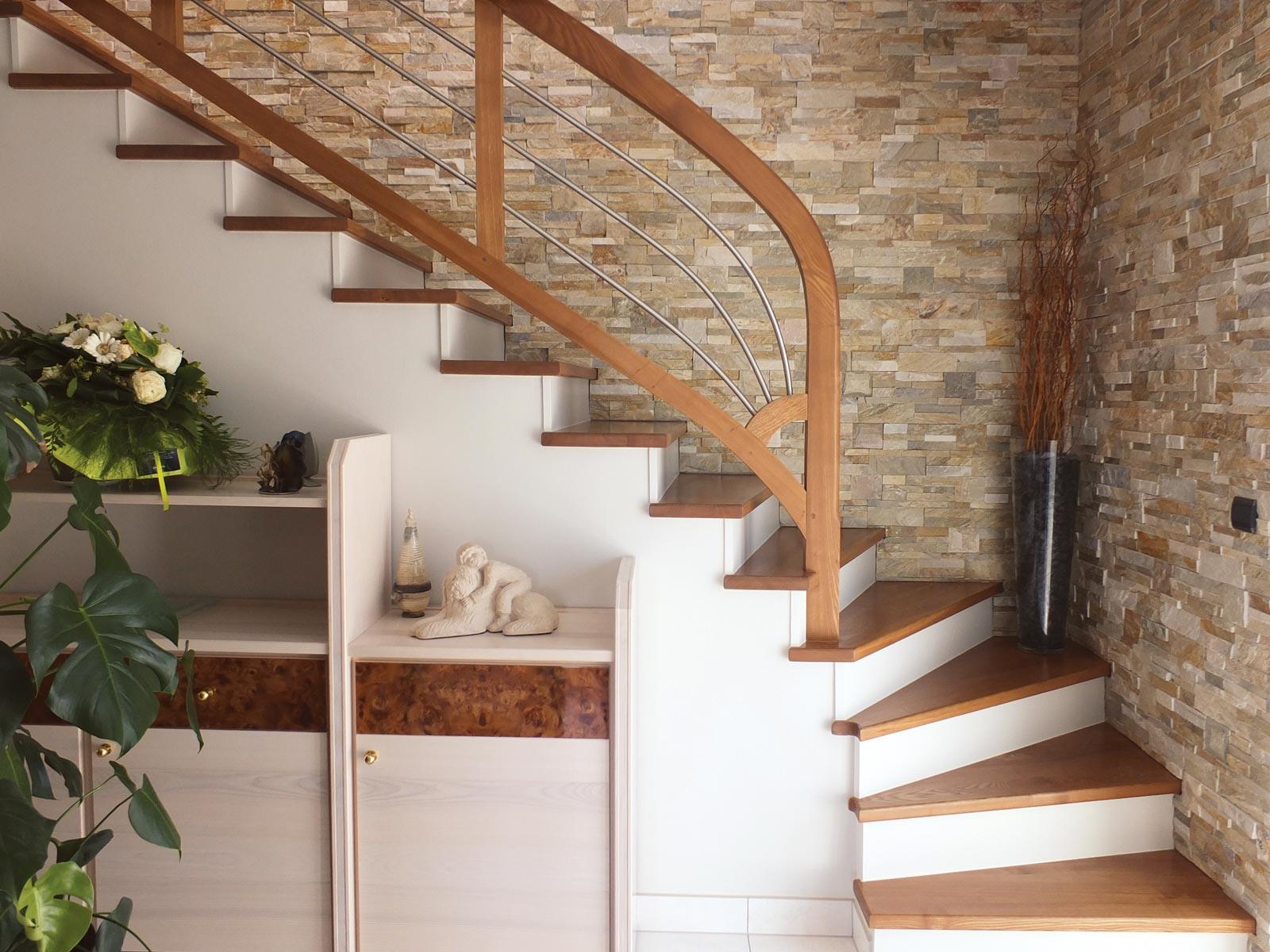 Escalier en habillage bois