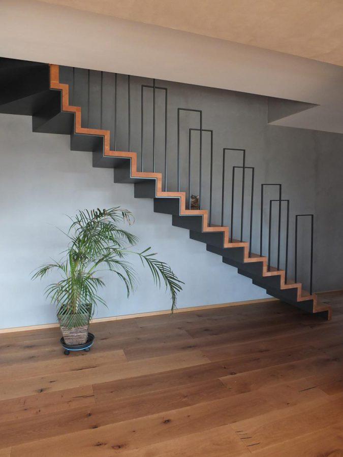 Rambarde d'escalier metal moderne en Alsace