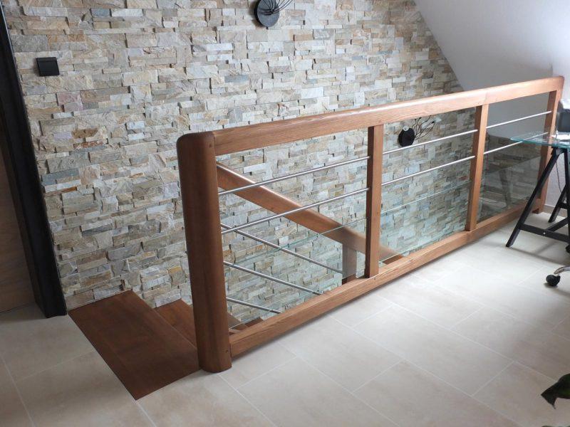 Rambarde d'escalier bois arrondi en Alsace