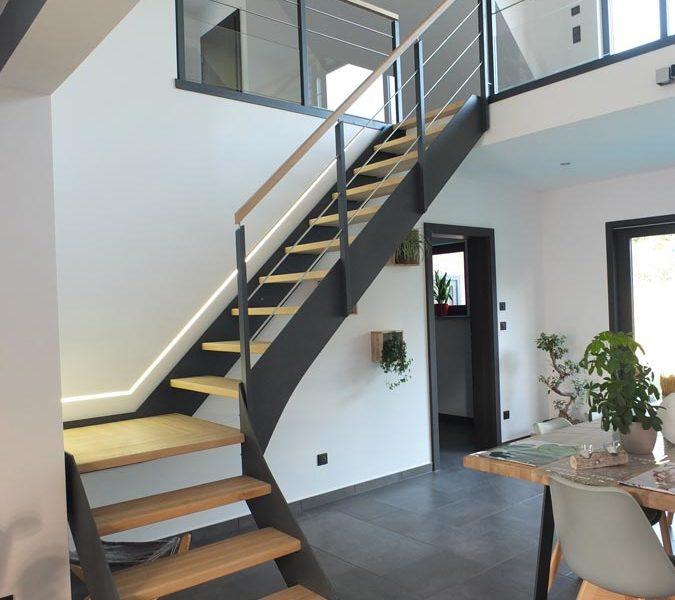 Escalier limon gris