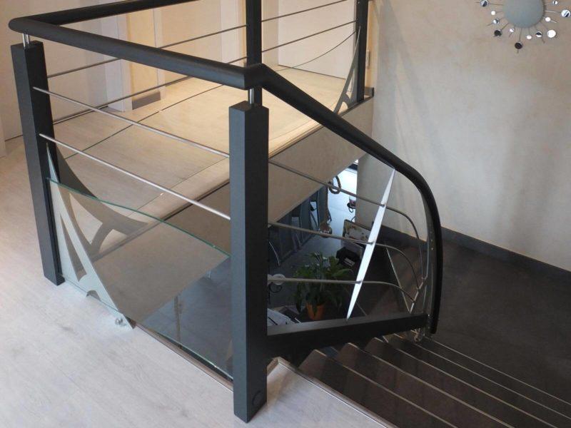 Garde corps classique d'escalier réalisé en Alsace